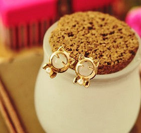 Fashionable Cat Stud Earrings - I Love Cat Socks