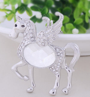 Fashionable Pegasus Necklace