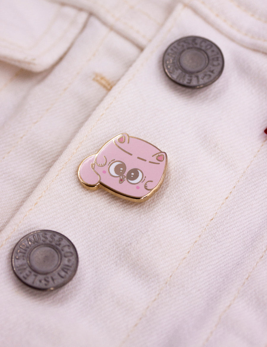 Chat-mallow pin