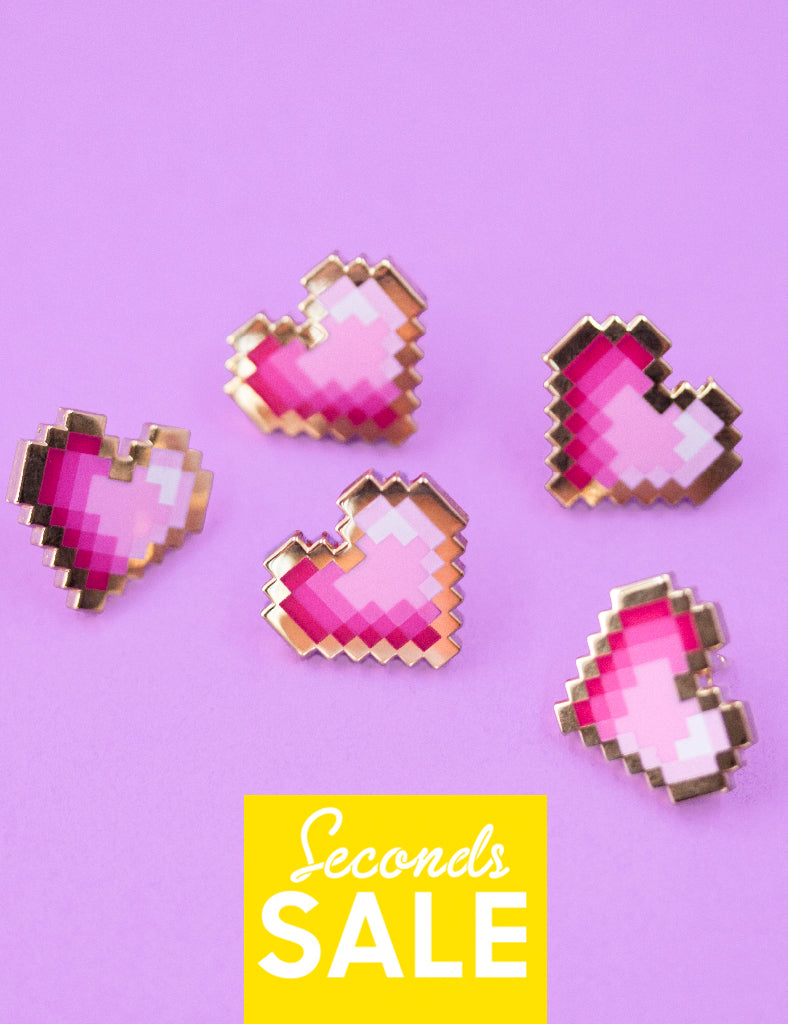 PINK PIXEL HEART PIN - SECONDS