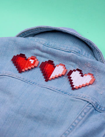 PIXEL HEART PATCHES