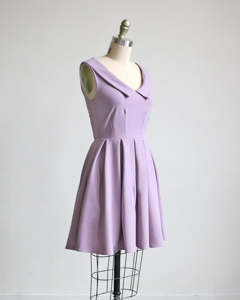SUNDAY | Lavender retro style short dress with collar + pockets