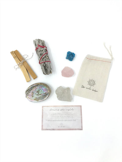 The Mala Babe smudge kit with crystals