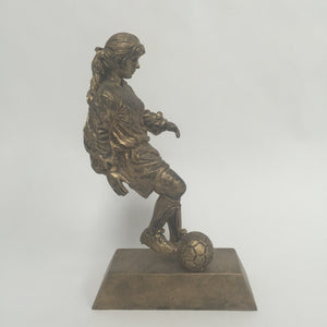 Resin Soccer Female 50402G