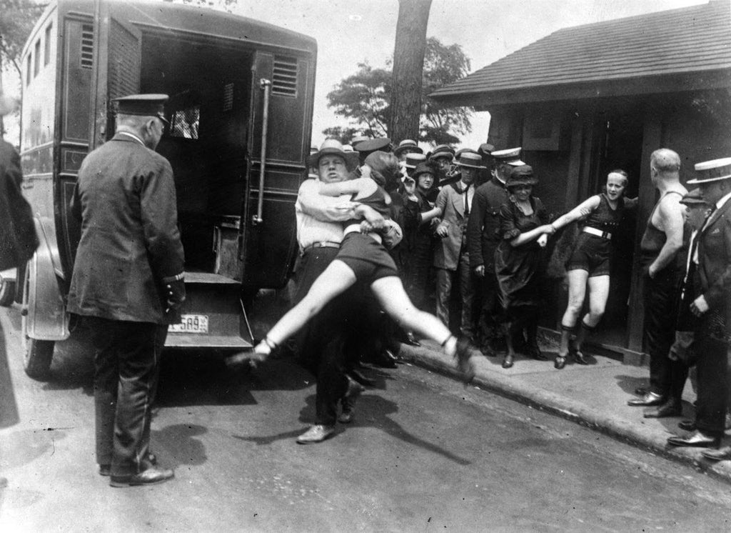 1922 Woman Arrested In Chicago Swimsuit Photo Image DD