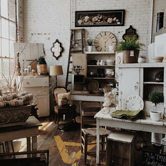 Vintage Decor and Furniture