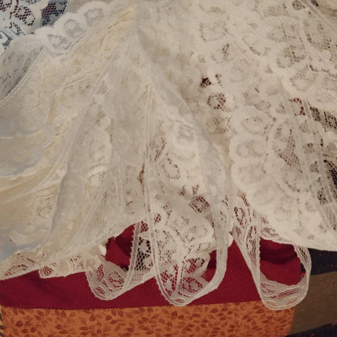 "30 yards Vintage White Lace Edging 1-1/8"" wide - Attic and Barn Treasures"