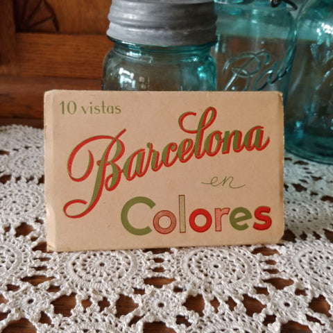 Vintage Barcelona Spain Color Postcard Souvenir Booklet - Attic and Barn Treasures