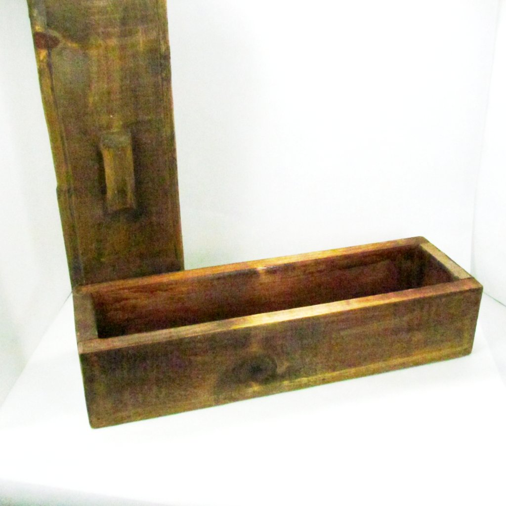 Vintage Birchwood Handmade Long Box with Lid - Attic and Barn Treasures