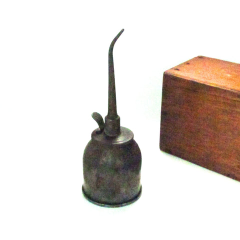 Antique Lidseen Force Feed Thumb Pump Oil Can c. 1900s - Attic and Barn Treasures