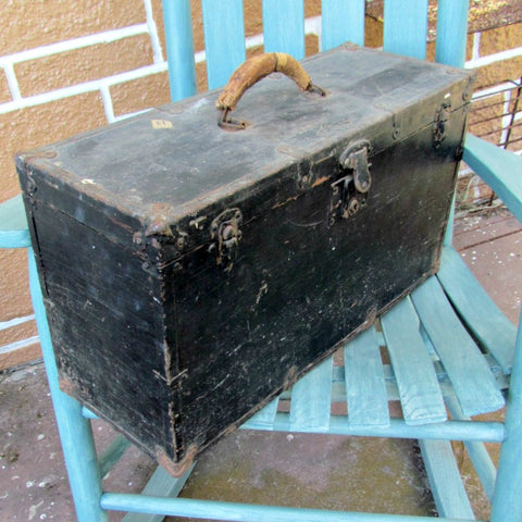 Antique U-Need-A F. W. Boelter Flat Top Tool Box
