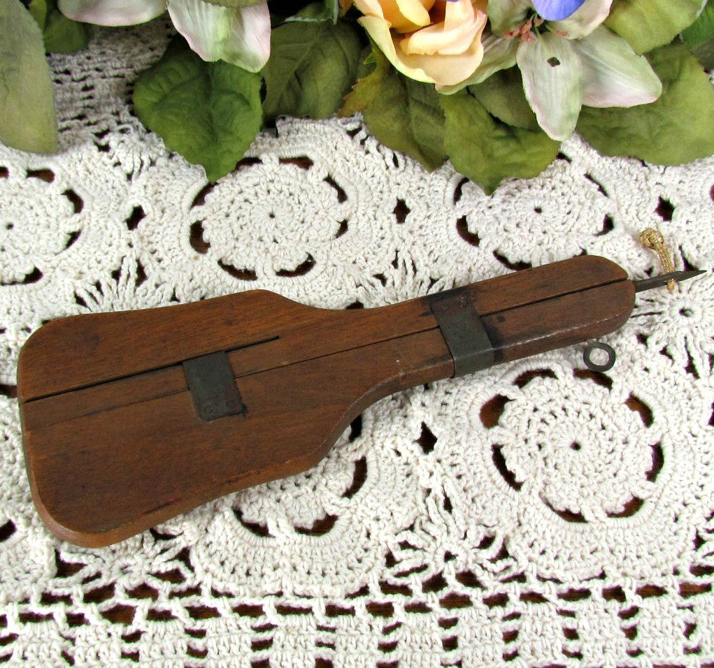 Antique Susan Burr Wood Rug Hook Tool Punch - Attic and Barn Treasures
