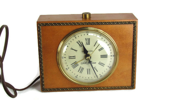 Seth Thomas Vintage  Woodridge Drowse Clock Model SS16J - Attic and Barn Treasures
