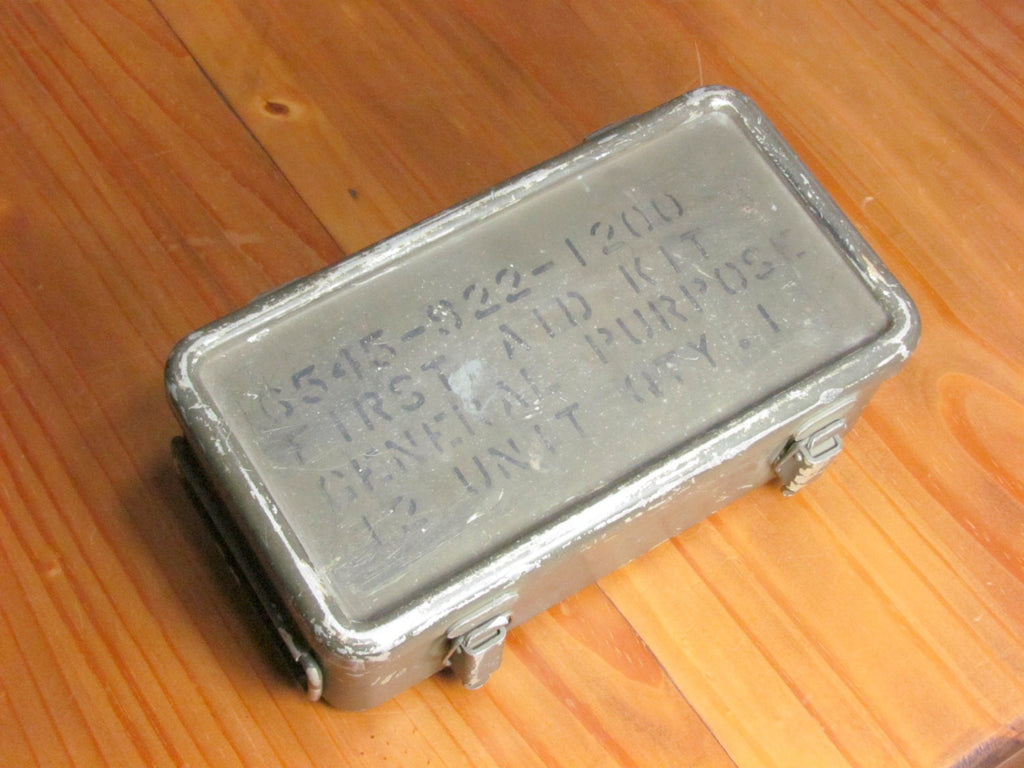 Vintage Military Metal First Aid Box General Purpose Storage 6545-922-1200 - Attic and Barn Treasures
