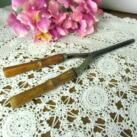 Vintage Curling Iron Hair Curling Rod Non Electric c. 1940's - Attic and Barn Treasures