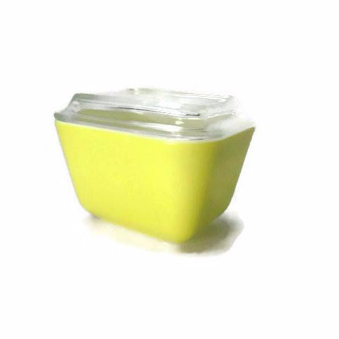 Vintage Yellow Pyrex Fridgie Refrigerator Dish with Lid 501B - Attic and Barn Treasures