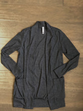 Load image into Gallery viewer, Tween Girls Ribbed Long Cardigan in Charcoal