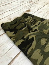 Load image into Gallery viewer, Leggings- Camo