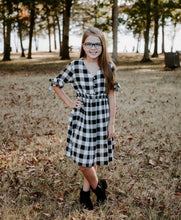 Load image into Gallery viewer, tween girls modest black & white plaid dress
