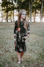 Load image into Gallery viewer, Chloe Dress in hunter green for tweens