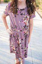 Load image into Gallery viewer, Felicity Dress in Lavender- Short Sleeve