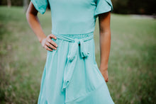 Load image into Gallery viewer, Tulip Dress in Mint for tweens