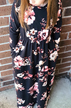 Load image into Gallery viewer, Harlow Maxi Dress