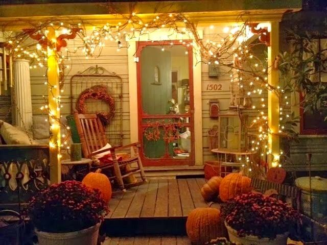 An early look at fall front porch decorating.