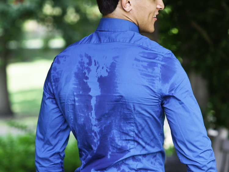 4 simple ways to reduce sweat marks at work