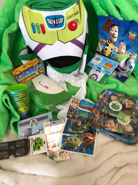 Buzz Lightyear Birthday Party Gift Box for 8