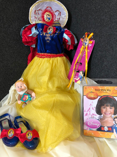 Snow White Deluxe Costume Gift Package (Size 7-8)