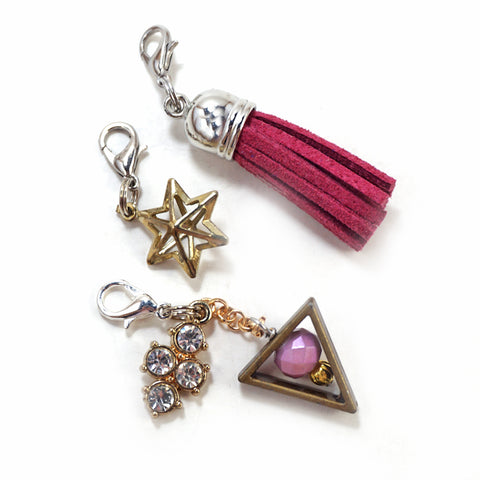 Magenta Tassel Star Set