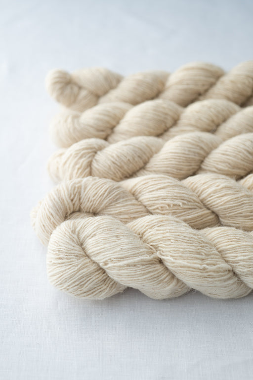 Moeke Elena Single Yarn - Romanian wool