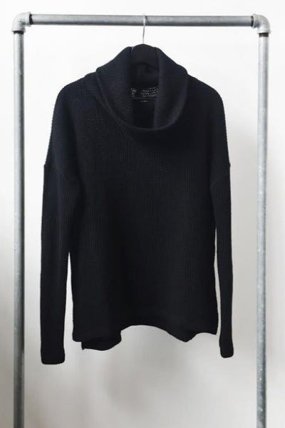 Bobi Turtleneck Sweater: Black