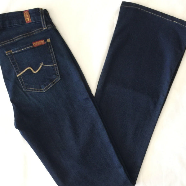 7 For All Mankind: Kimmie Bootcut: 25 (Inherited)