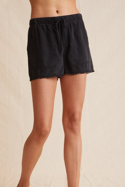 Bella Dahl Frayed Hem Short: Black
