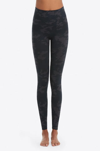 Spanx Look At Me Now Leggings: Black Camo