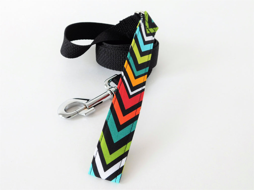 Multicolor Chevron and Nylon Leash - Charlotte's Pet