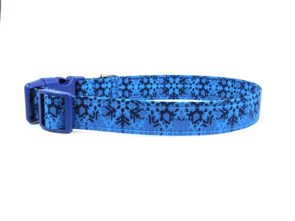 Blue Snowflakes Dog Collar/ Cat Collar - Charlotte's Pet