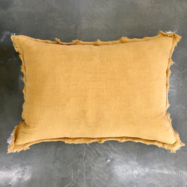 Cushion Karma / Honey