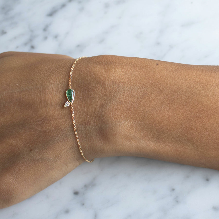 Elongated teardrop emerald with treadrop diamond 14K gold bracelet | Camille Jewelry