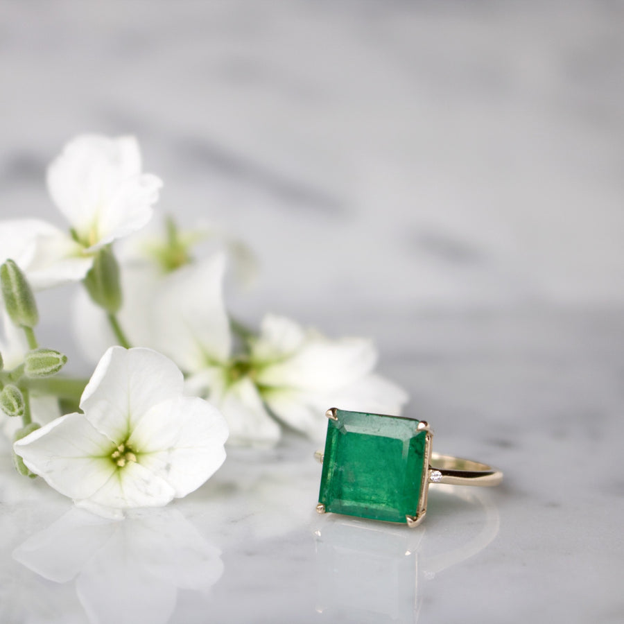 Shop Emerald Square Ring | 14K Gold Fine Jewelry | Camille Jewelry