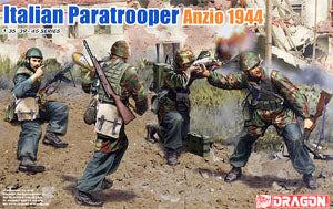 1/37 scale model Dragon 6741 Italian paratrooper Anzio 1944