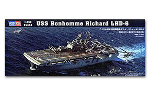 "Hobby Boss 1/700 scale war ship models 83407 American Hornets LHD-6 ""Bangholm Moham"" Amphibious assault ship"