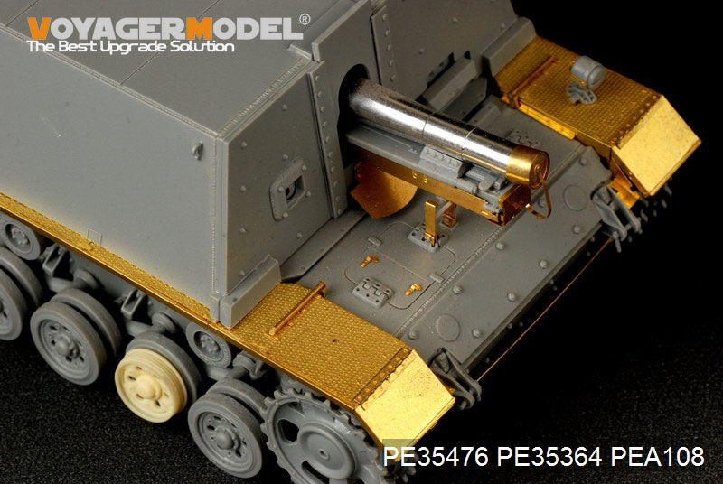 Voyager PE 35476 3 assault vehicle carries s ig.33 heavy infantry gun type metal etching kit