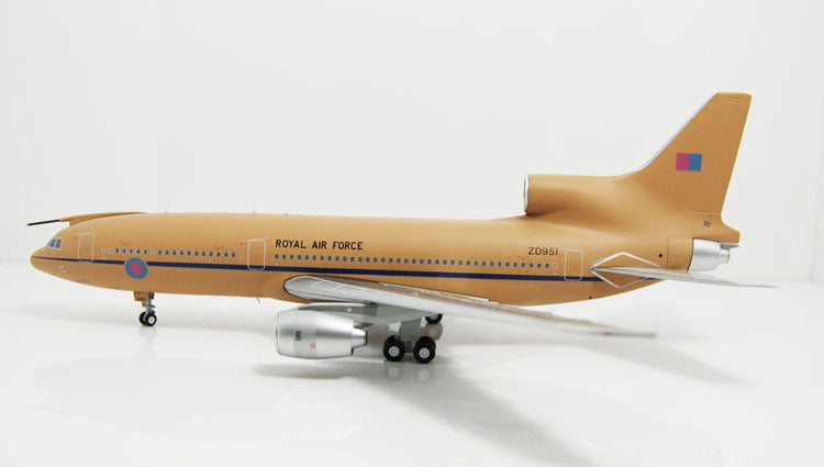 Special offer: JC Wings XX2616 Royal Air Force L-1011-500 Desert Storm 1:200