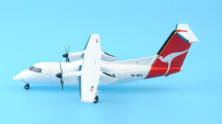 Special offer: JC Wings XX2585/XX2586 Australia Airlines DHC-8-100 eight 1:200