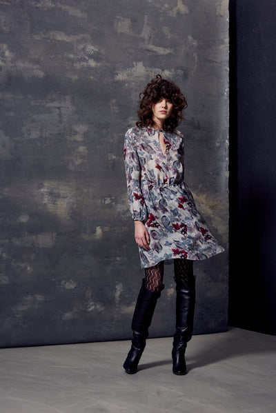 LONG SLEEVE FLOUNCE DRESS