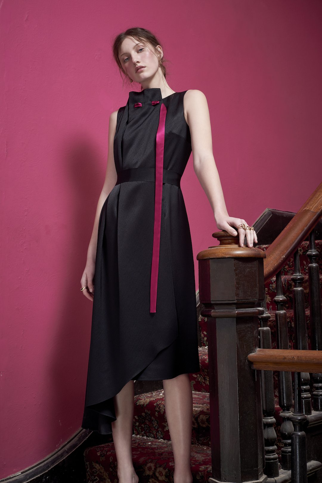 Asymmetric Lente Dress