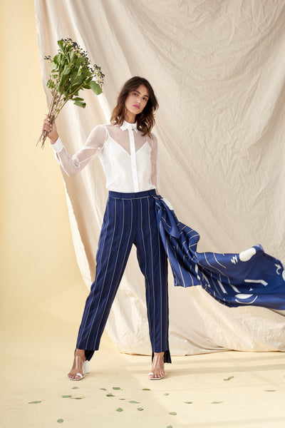 PEGGED PANT WITH AUDRA SCARF